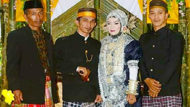 Pernikahan Semesta Dardi di Hutan Bambu