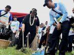Lestarikan Lingkungan Pesisir Dan Laut, KLHK Gelar Aksi Bersih Pantai di Cirebon