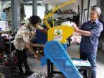 Mesin pencacah plastik karya peneliti UGM