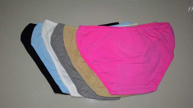 Ilustrasi celana dalam