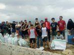 Cita dan Aksi Bersih Mahasiswa Jepang dan Unhas di Pulau Sembilan