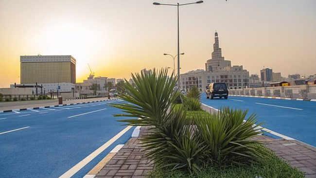 Cat Jalanan Jadi Biru, Upaya Unik Qatar Atasi Suhu Panas
