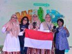 Naima dan Fitri Raih Juara di Kompetisi Lingkungan Internasional