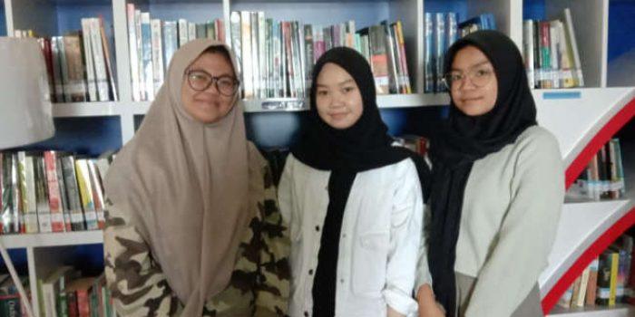 Siswa SMA Islam Athirah Meretas Mimpi Melalui Tisu Eceng Gondok