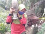 Inspirasi Perempuan Bernama Neneng, Penjaga Indonesia dari Karhutla