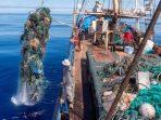 Mengurangi Sampah dan Ancamannya dengan Aksi Pembersihan Laut