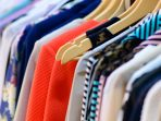 8 Cara Sederhana Mendaur Ulang Pakaian Bekas Agar Layak Pakai