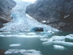 Krisis Iklim Benar-Benar Nyata, 24.000 Ton Es Meleleh Setiap Detiknya