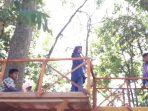 Kades Jenetallasa Manfaatkan Hutan sebagai Sarana Desa Wisata