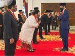 Selamat, Menteri Siti Terima Kehormatan Bintang Mahaputera Adipradana