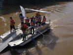 Pemkot Bekasi Terjunkan Seehamster, Perahu Penakluk Sampah Sungai