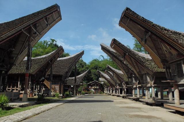 Melihat Keindahan Tana Toraja dari Kete' Kesu