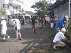 Peduli Lingkungan, Warga ORW 17 Kelurahan Minasa Upa Makassar Bersihkan Kompleks