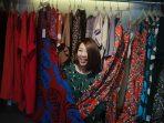 Baju Baru, Langsung Dipakai Saja Atau Sebaiknya Dicuci Dahulu