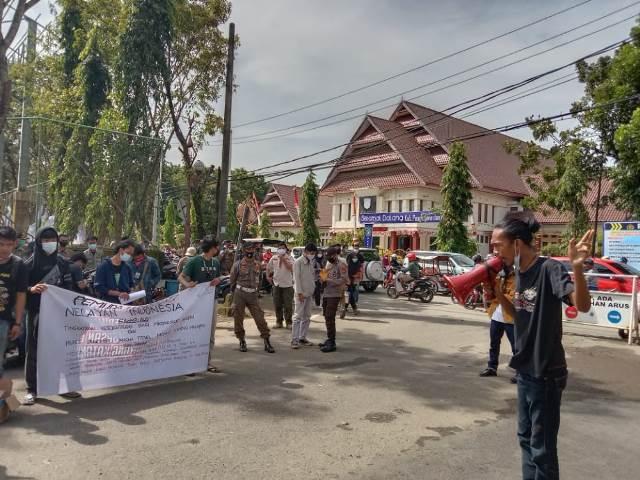 Peringati Hari Nelayan, Pemuda Pangkep Gelar Demonstrasi