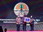 KLHK Mendapat Anugerah Kearsipan, Ini Pesan Menteri Siti!