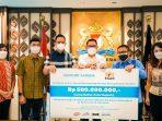 Yayasan Kemanusiaan KADIN dan SGB Salurkan Bantuan untuk Percepatan Vaksinasi