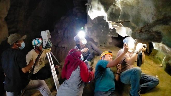 gua prasejarah